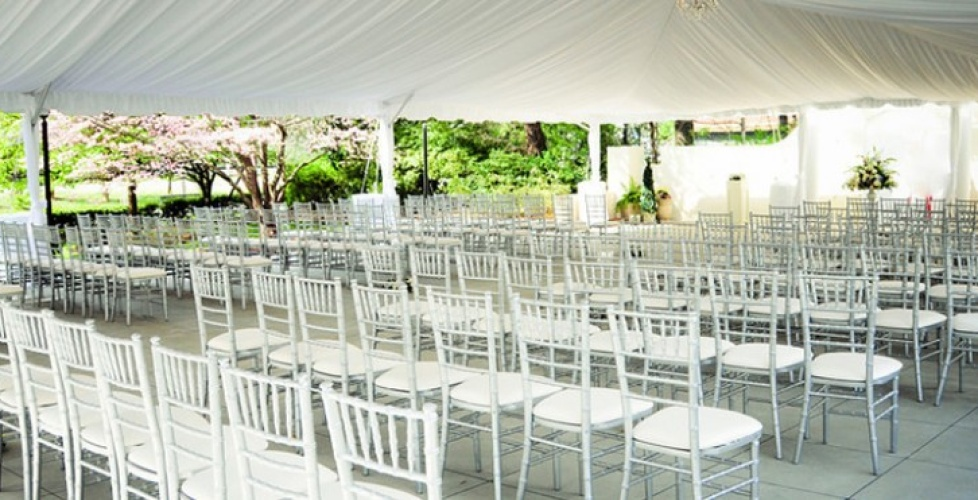 The 173 Carlyle House Does Weddings and Receptions