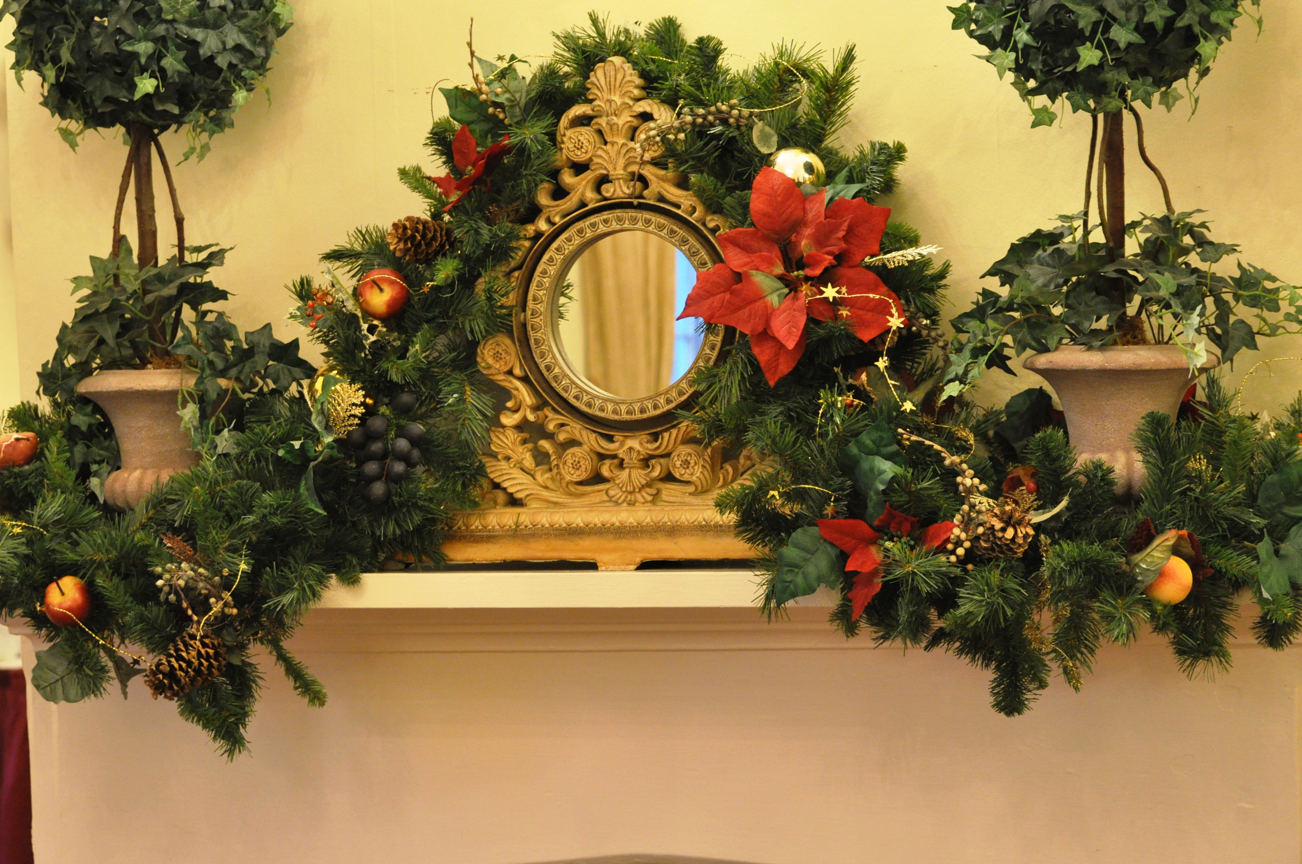 Holidays at the 173 Carlyle House in Norcross